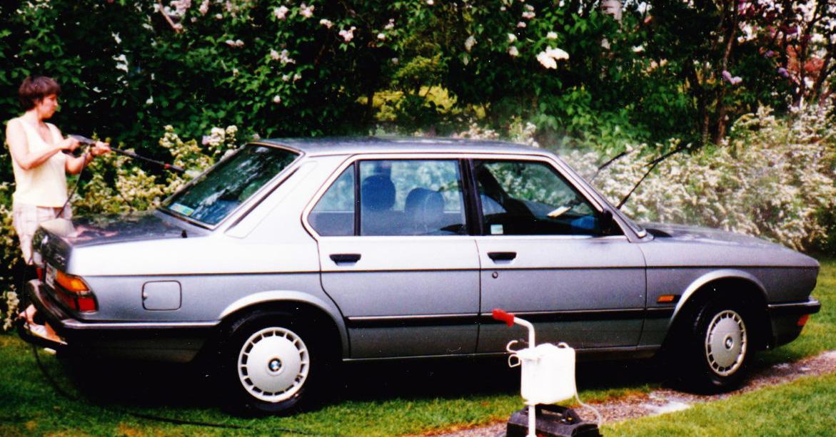 BMW 520 -85 001