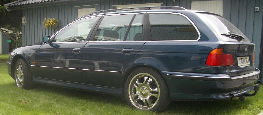 BMW 520-98 002